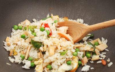 Cauliflower Chicken'less FRIED RICE